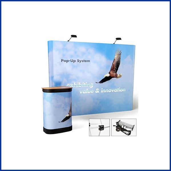 Stand parapluie courbe 3×3 se monte en moins de 10 minutes. Il est équipé d'une valise rigide qui peut être transformée en comptoir d'acceuil.